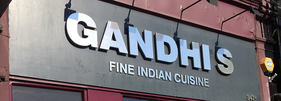 <h2 class='animated fadeInUp'>Welcome to Gandhi's</h2><p class='animated fadeInDown'>Indian Restaurant and Takeaway in Kennington</p>